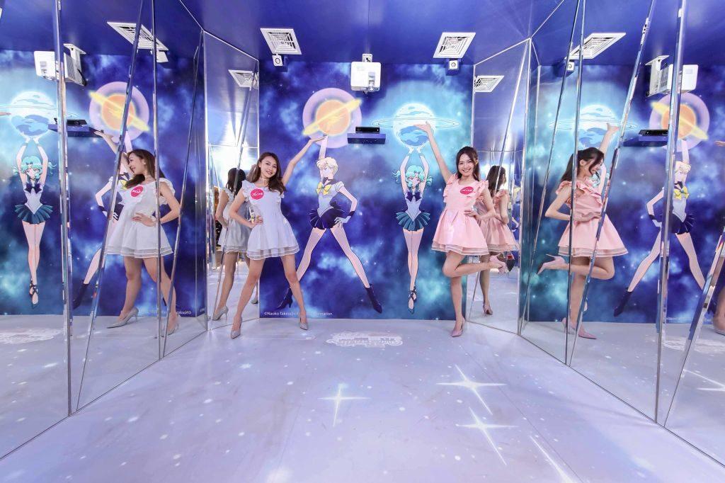 The ONE×Sailor Moon 月光傳說展覽上設有玻璃鏡佈置,乃會場上的拍照打卡熱點。