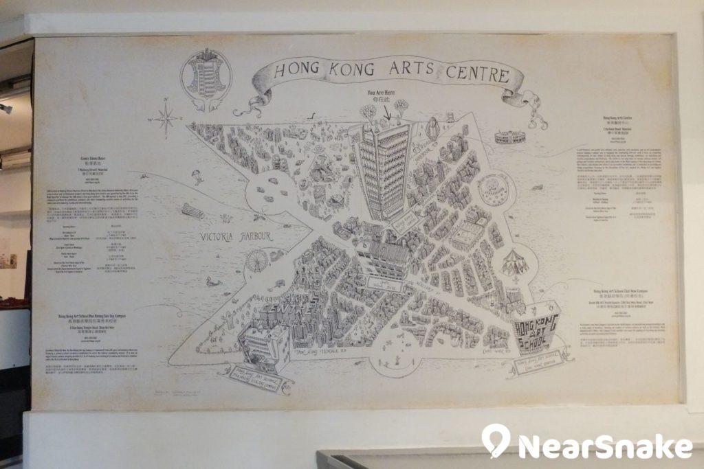 藝術中心大堂展覽一幅有關藝術中心的畫作,畫內藏有不藝術活動,可嘗試找找。