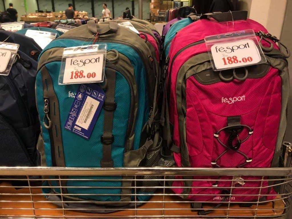 Fesport 背囊在海港城展銷集以開倉價 $188 港元販售。