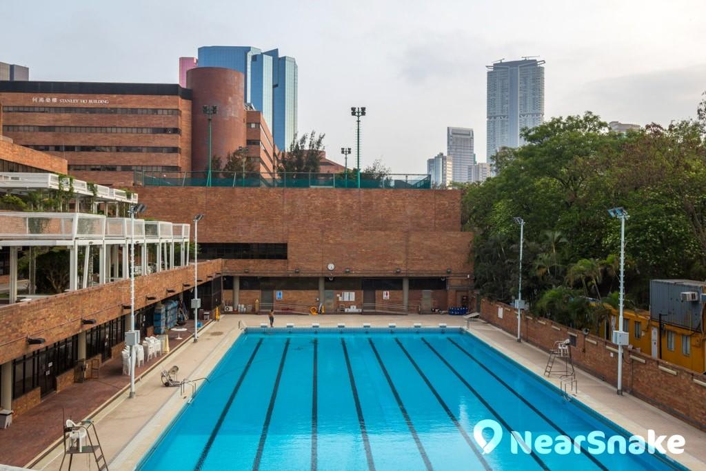 香港 15 個鬧鬼地點 由高街鬼屋說到香港猛鬼學校 泳池消失的小孩