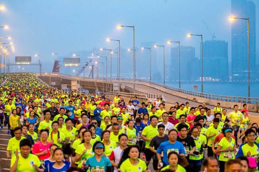 渣打香港馬拉松2019 10 公里賽繼續在東區走廊起步。