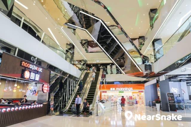 馬鞍山新商場We Go Mall 商場本身面積雖小,但場內多採用自然光,增加空間感。