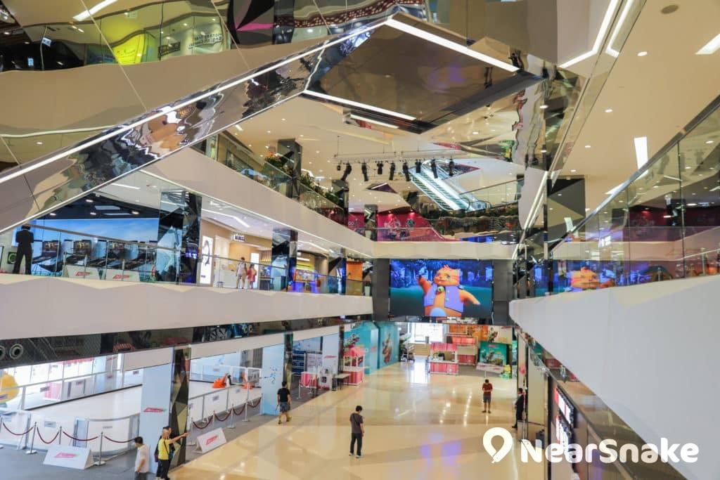 馬鞍山新商場We Go Mall We Go Mall 樓高 6 層,建築面積超過 16 萬平方呎。