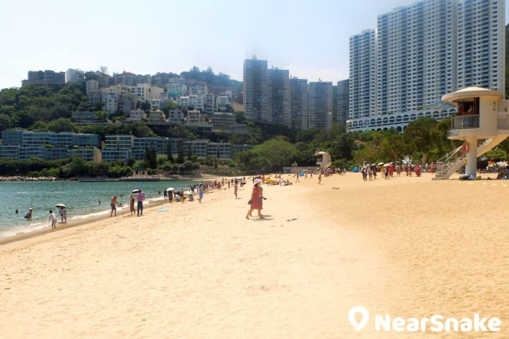 作為香港大型泳灘之一,淺水灣沙灘真的是一望無際。