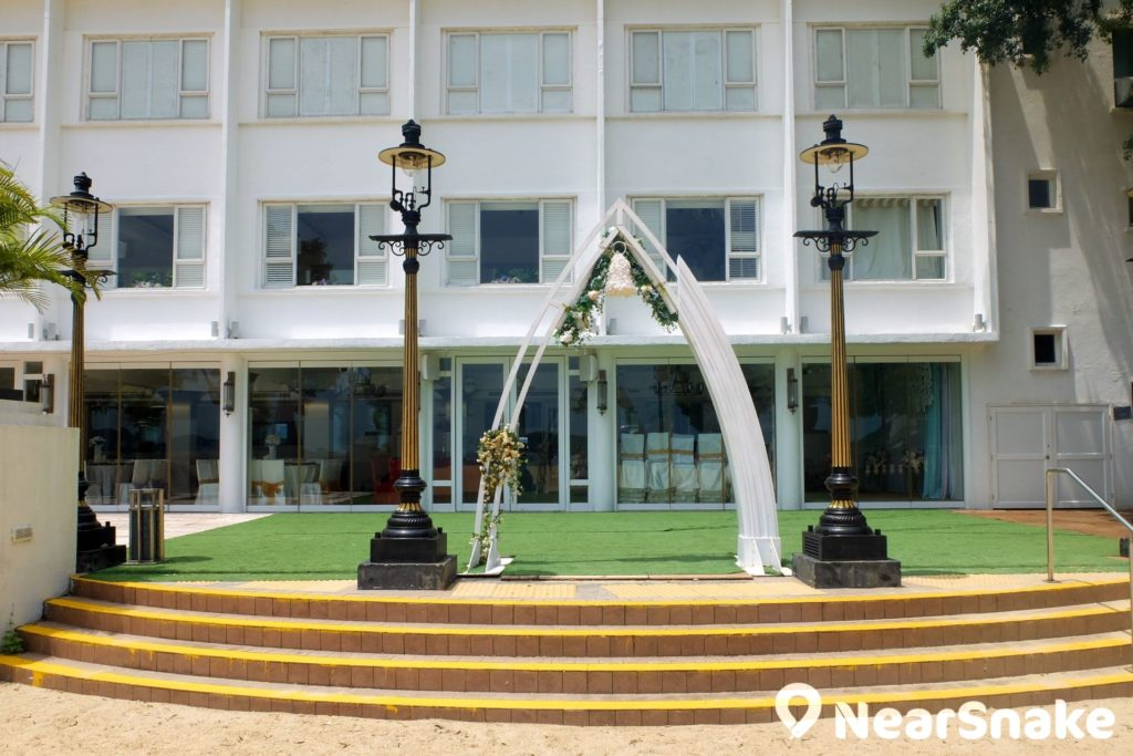 淺水灣 Club One 原是已有 50 多年歷史的淺水灣海景大樓,現已成舉行婚禮的熱門場地。