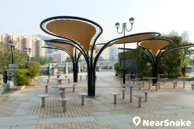 沙田公園北園設有多個設計有趣的休憩位置。