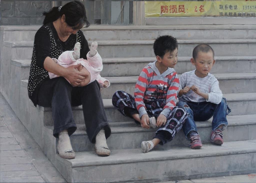 中環交易廣場:《憑着愛》的展品包含中國現代婦女的生活寫照。
