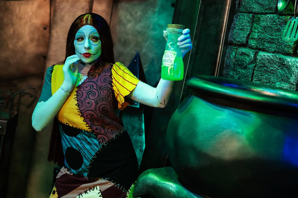 香港迪士尼萬聖節2018|《怪誕城之夜》阿Jack坐陣 迪士尼Halloween Time慶典 縫布公仔莎莉(Sally)亦將於「南瓜王阿 Jack 與好友怪誕聚會」現身。