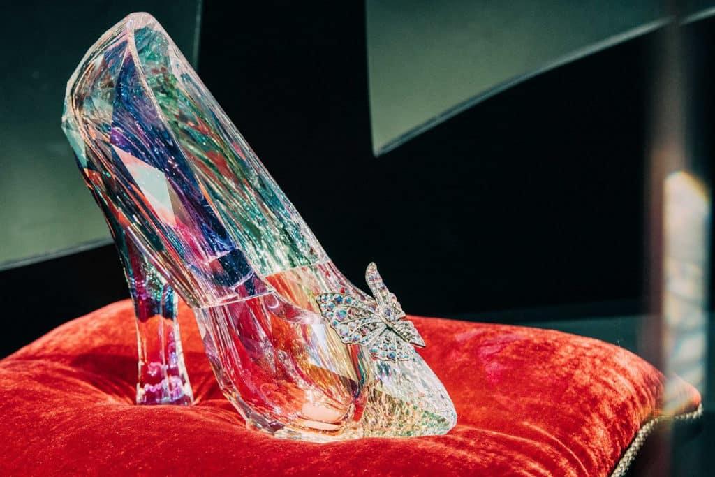 Pacific Place太古廣場:「鞋履:樂與苦展覽」亞洲巡展終點站 灰姑娘的水晶鞋