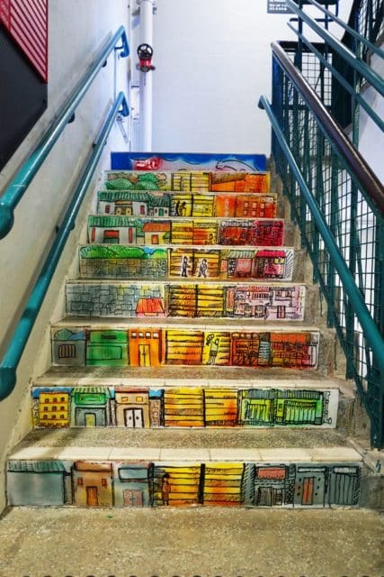 主題:Timeless。樓梯街由下而上,由上至下,人的關係隨時間推移,又不斷循環。