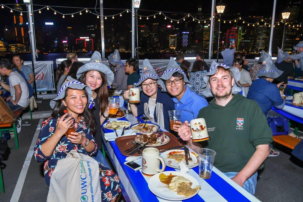 海港城:馬哥孛羅德國啤酒節2018 賓客可在維港海旁盡情狂歡一夜。