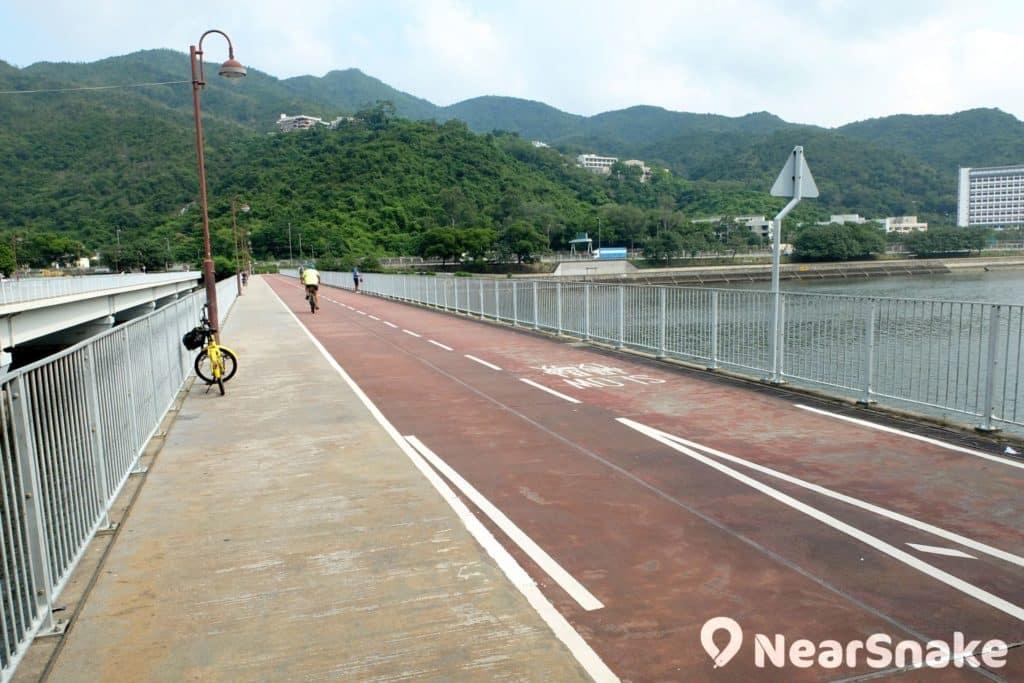 城門河畔單車徑的盡頭「翠榕橋」。