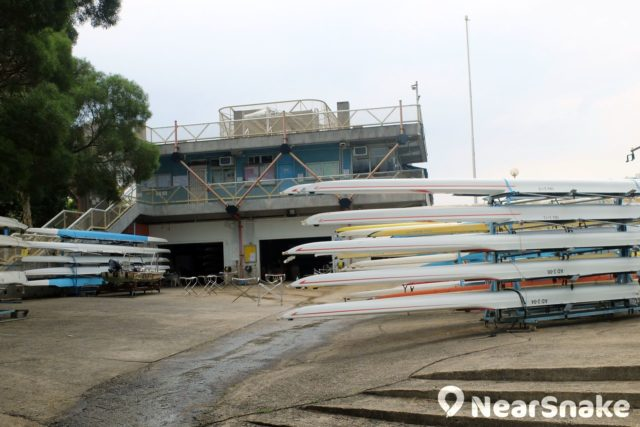 位於城門河中心位置的沙田划艇中心。