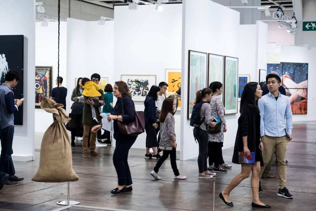 巴塞爾藝術展香港展會 Art Basel 2019 來屆香港巴塞爾藝術展(Art Basel)將於 2019 年 3 月 29 至 31 日舉行。