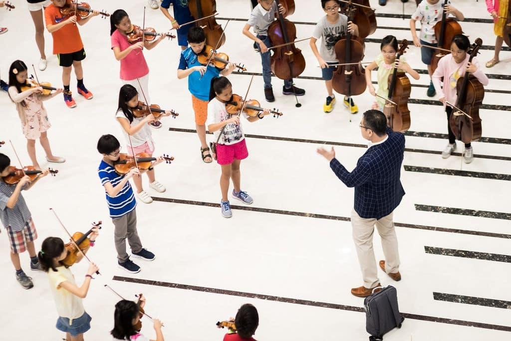 香港青少年管弦樂團。
