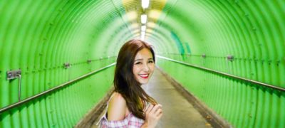 【香港打卡熱點2019】嚴選11個香港IG拍照景點:志明橋•綠色隧道拍出女神照