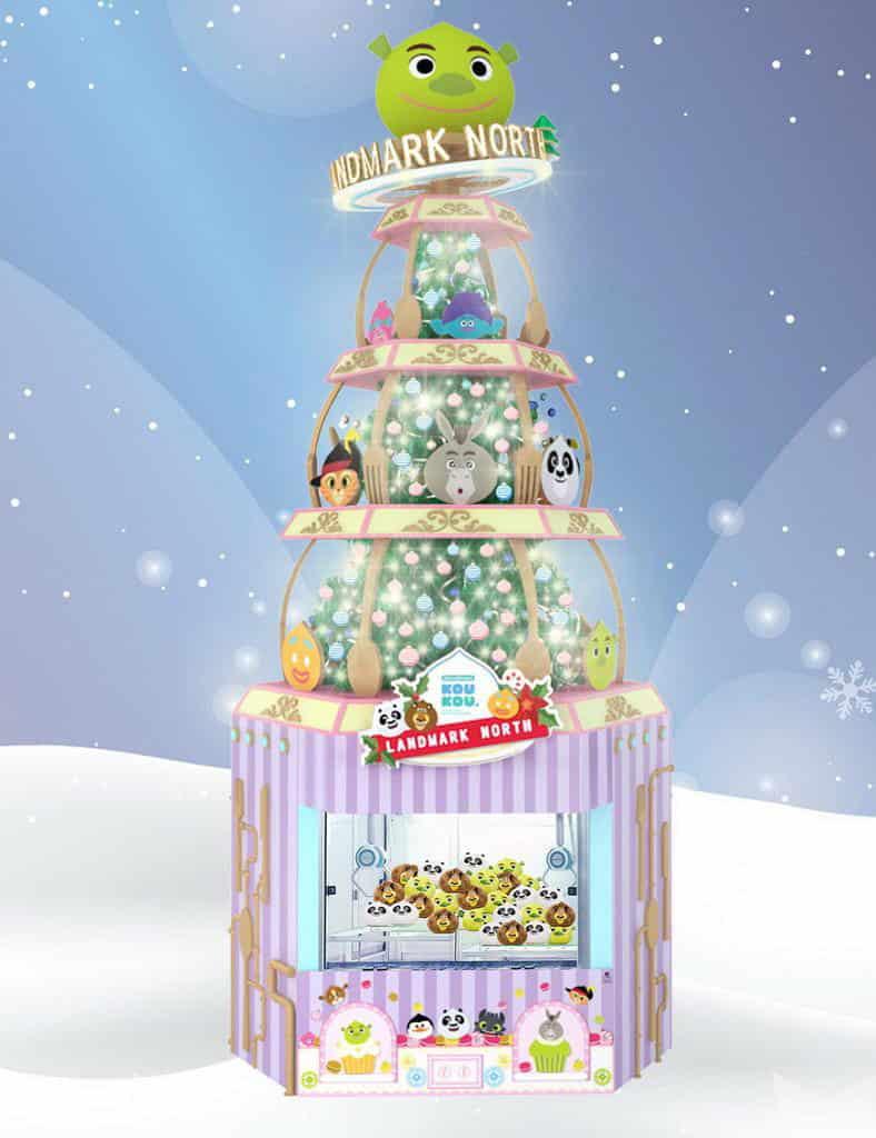 上水廣場:DreamWorks KOUKOU聖誕甜品夢工場 來到可在約 7 米高 DreamWorks KOUKOU 主題聖誕樹下打卡拍照。