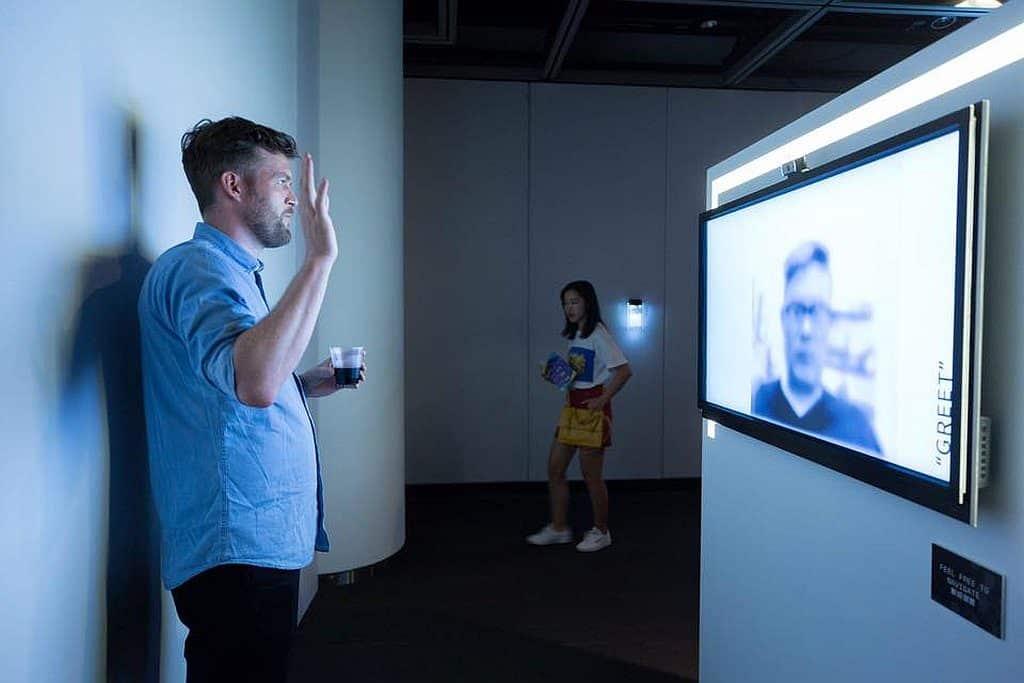 微波國際新媒體藝術節 2018 參展作品:《我們怎樣可以演好一點》