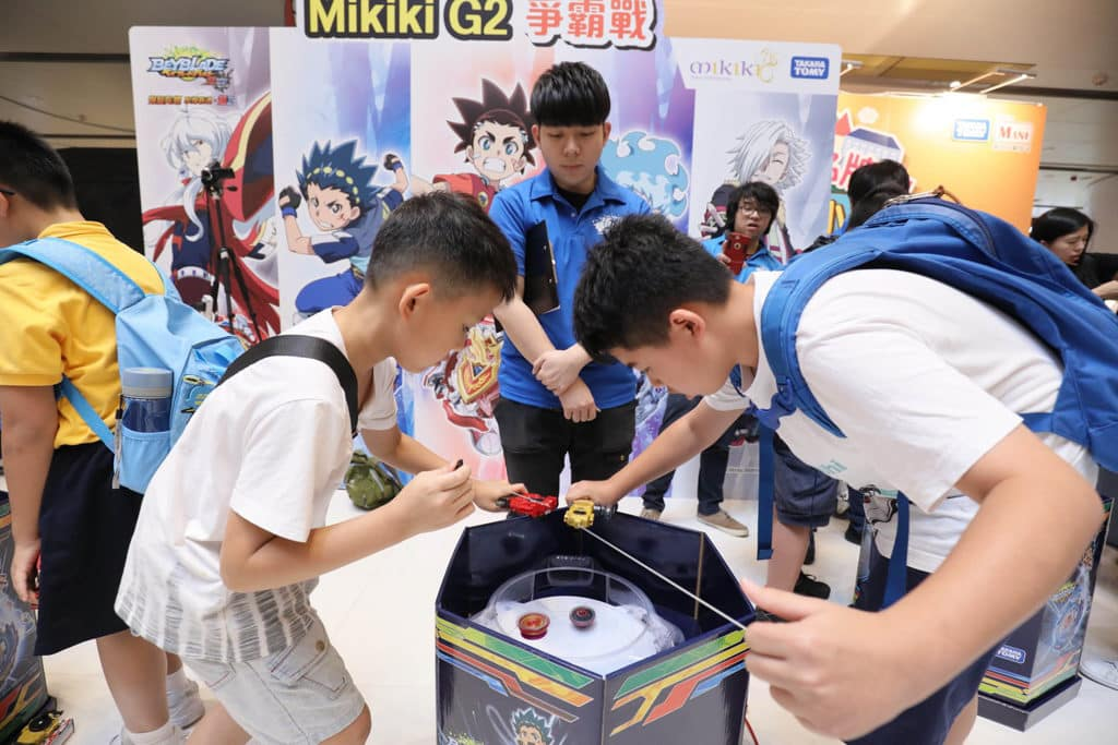 Mikiki 日本名牌玩具小鎮 Mikiki 同場舉行爆旋陀螺比賽。
