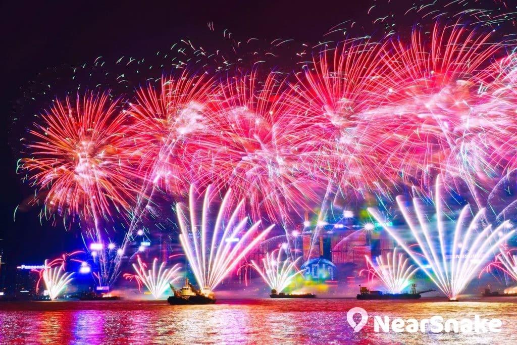 歷年香港除夕倒數匯演均會吸引大量旅客從世界各地前來欣賞。