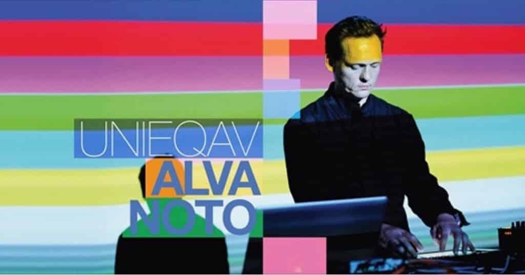 創作《UNIEQAV》前,卡斯騰在今年年初也透過NOTON發行了兩張專輯,分別是與Mika Vainio和池田亮司合作的《Live 2002》,以及與阪本龍一合作的《Glass》。