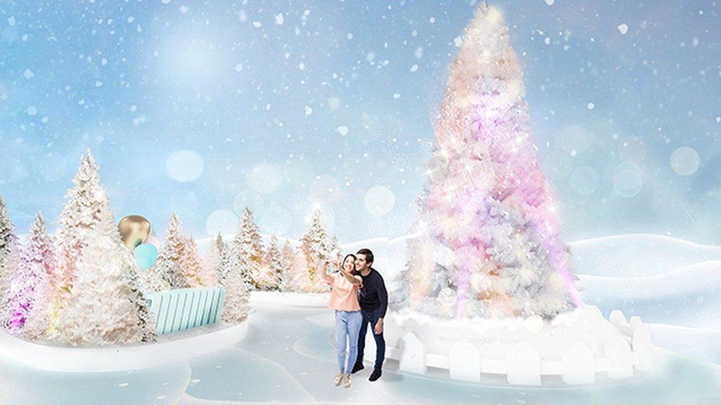 YOHO MALL「雪之森林」矗立逾 7 米高的巨型聖誕樹,勢成熱門打卡位。