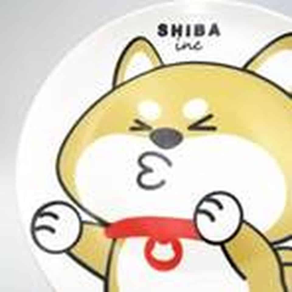 本地品牌SHIBAinc柴犬工房攤位,慈善義賣獨家設計的限量版8寸陶瓷餐碟。