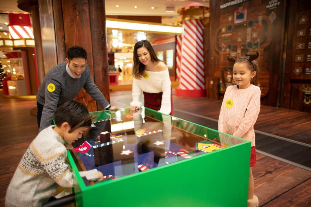 太古城中心:哈鹿聖誕 「哈鹿聖誕」設置了不少互動遊戲供一家大小玩。