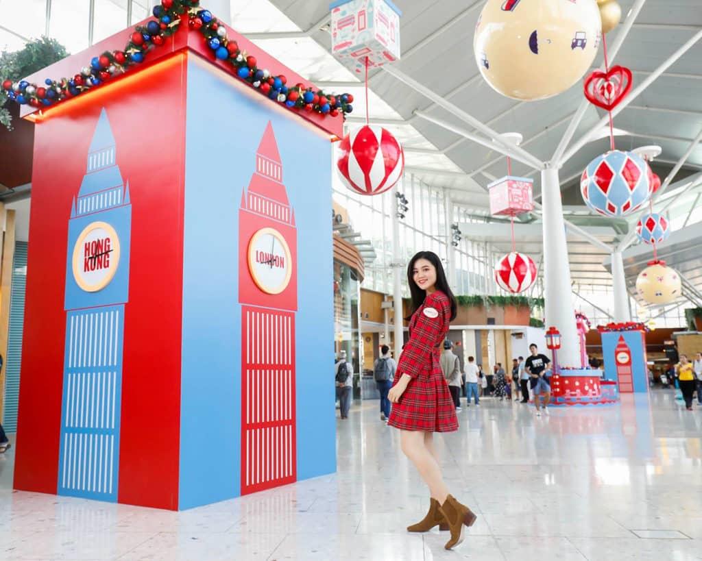 東薈城名店倉:Cath Kidston 滿屋英倫聖誕風 大笨鐘報上 8 個城市的時間。