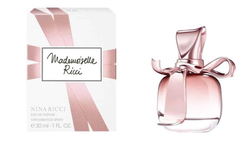 E-Max九展名店倉聖誕大優惠 Go & BUY 品牌:NINA RICCI 原價:$650 優惠價:$490(套裝價) (五二折)