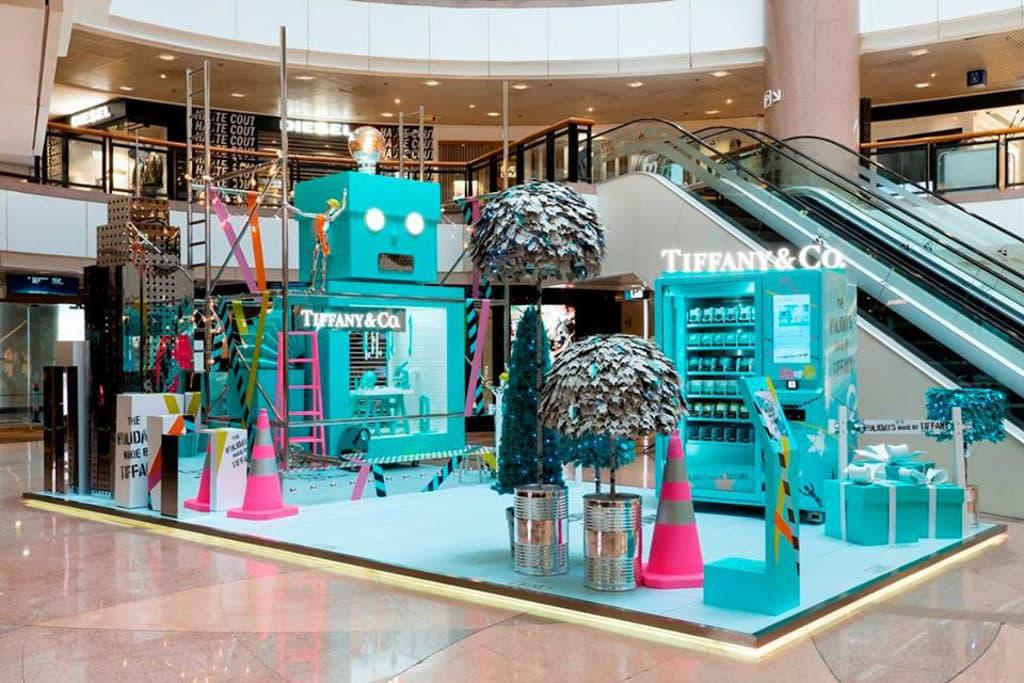 海港城海運觀點及港威商場:「The Holidays Made by Tiffany」聖誕佈置 港威商場設置「The Holidays Made by Tiffany」聖誕佈置。