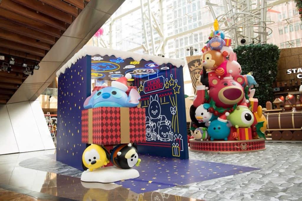 朗豪坊:迪士尼 Tsum Tsum 聖誕市集 8 Tsum Tsum 米奇與一眾好友將會進駐朗豪坊。