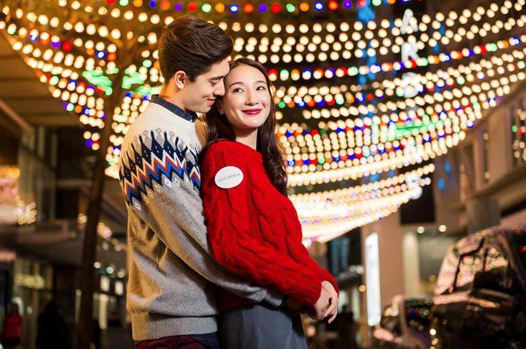 利園:夢幻閃燦星光迴廊 利園區利用燈泡將恩平道打造成情侶浪漫打卡勝地。