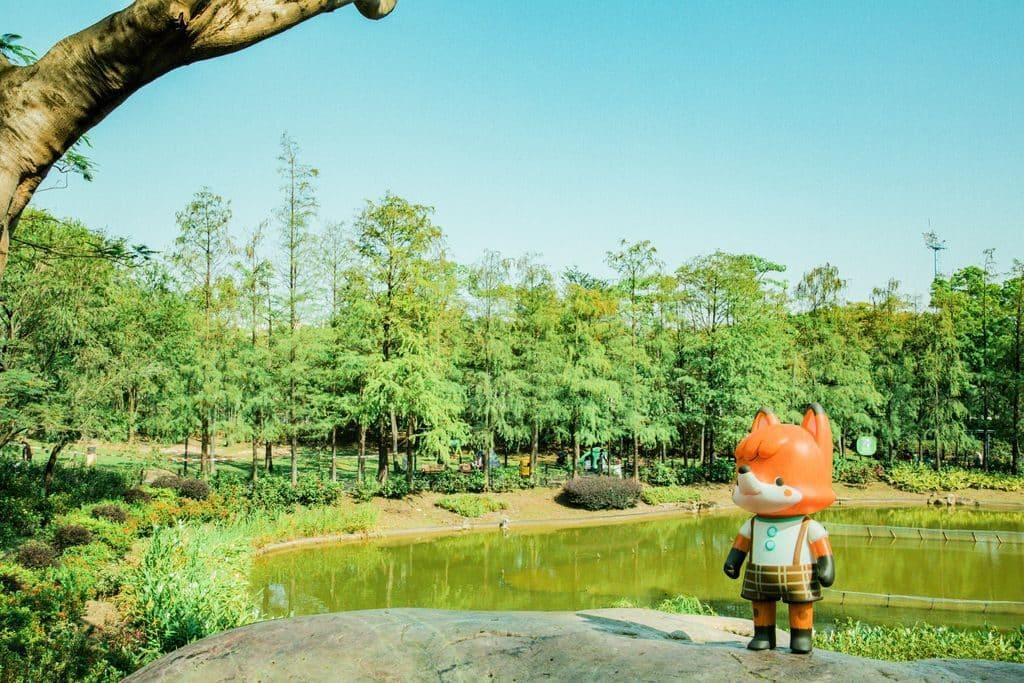 青衣城:La La Woodland奇妙音樂森林-【第三站】沿途上,小狐狸花仔被一帶綠葉林所吸引,發現青衣公園秘世打卡熱點。