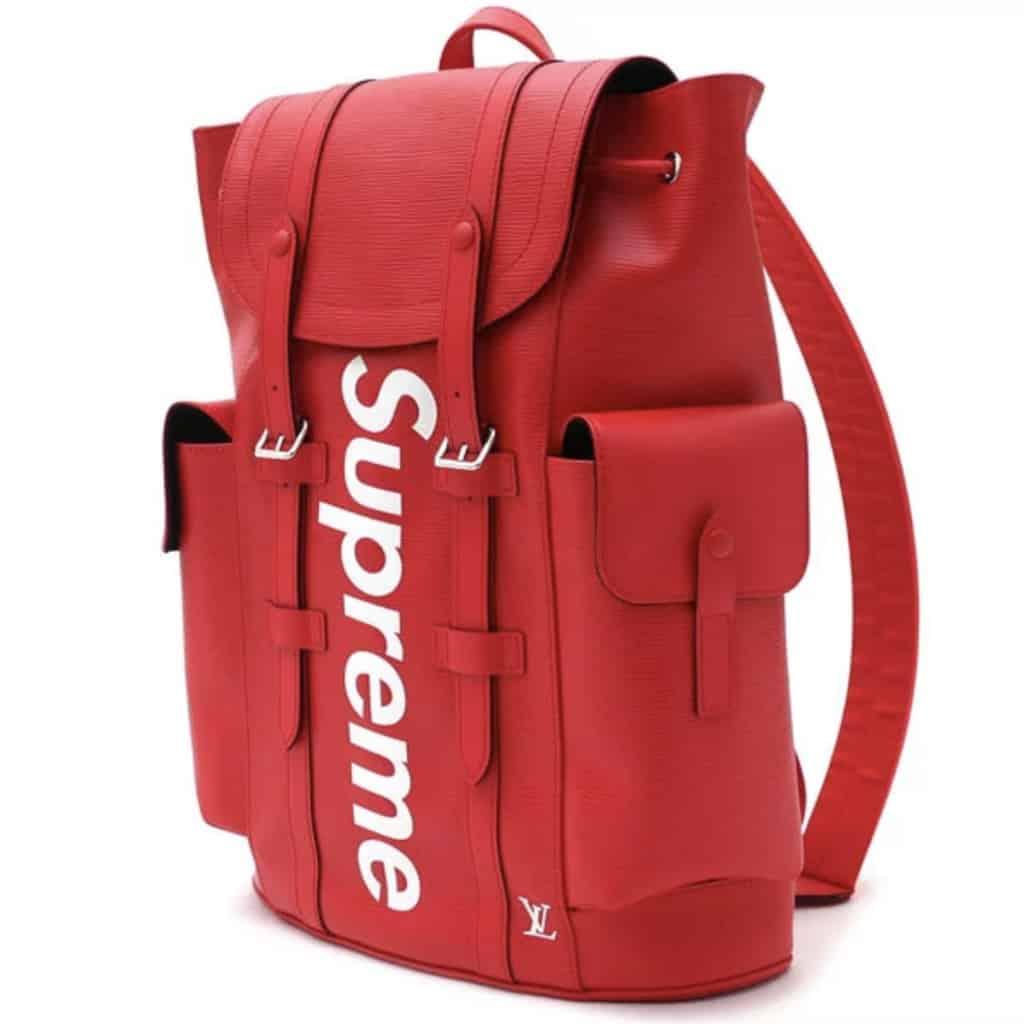 利奧坊:Supreme Square珍藏分享展及潮流巿集 Supreme × LV系列背包