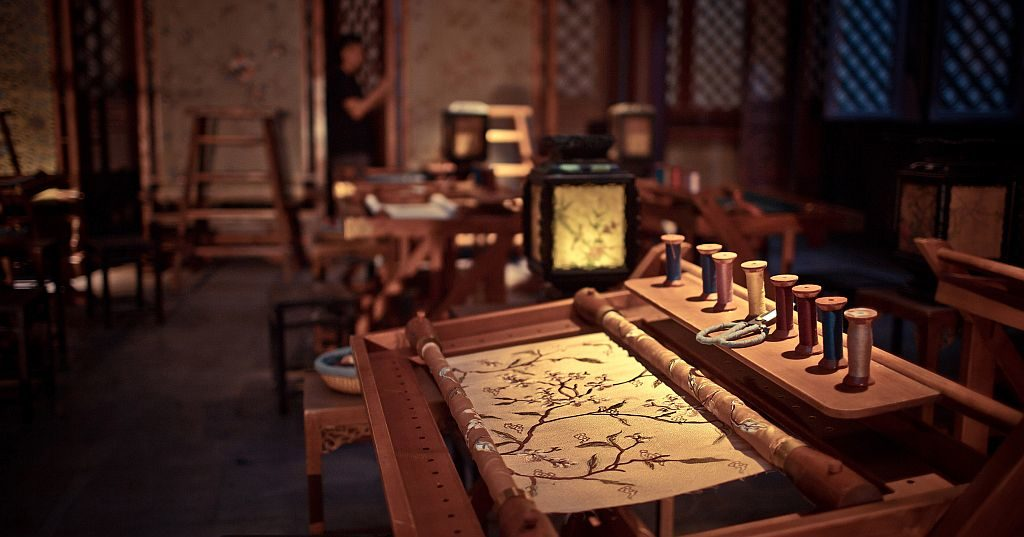《延禧攻略》製作費達 3 億人民幣(約 3.5 億港元),大部分用於製作頭飾、衣服、擺設和道具。
