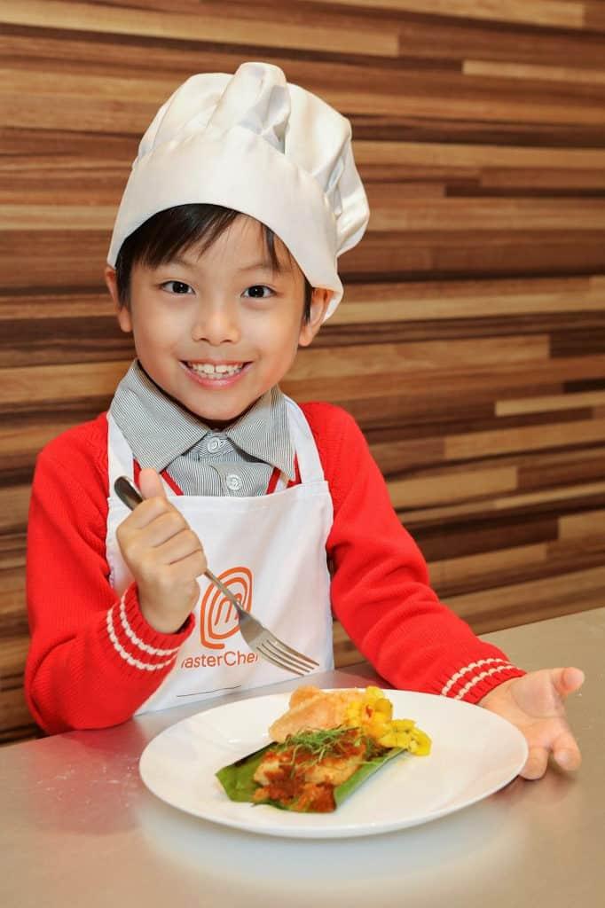 將軍澳廣場xMasterChef :TIS TASTY CHRISTMAS 趣「味」聖誕 小朋友可與家長一同享受烹飪親子樂。