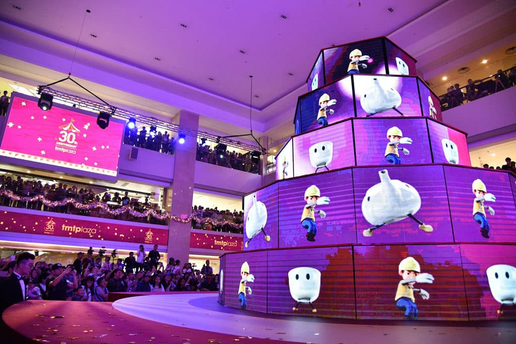 屯門市廣場:光影聖誕嘉年華 商場帶來全港首個室內 LED 光影匯演。