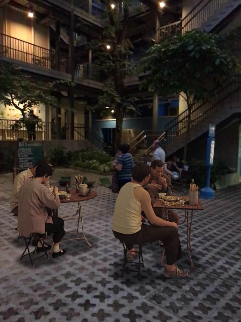 香港設計中心:「#ddHK設計#香港地」 大排檔、街頭理髮等昔日香港生活點滴透過AR重現眼前。