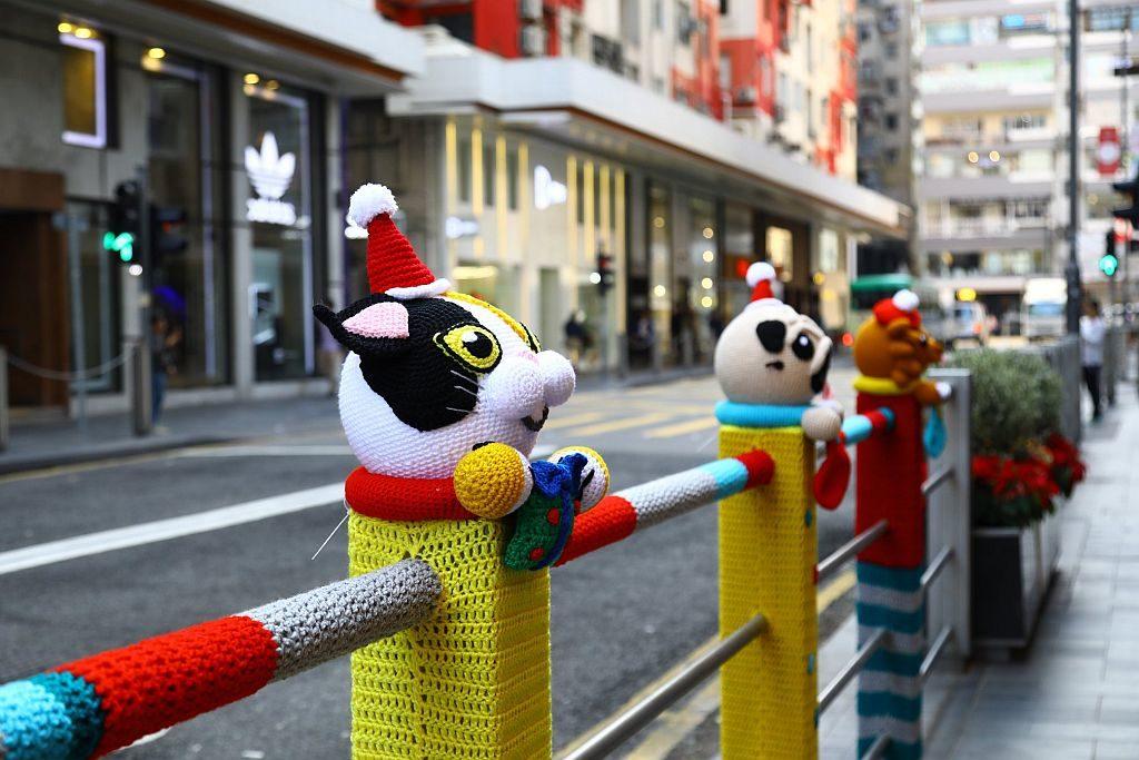 今次 La Belle Époque 針織手作聖誕裝飾活動以唐貓、唐狗、英國短毛貓、柴犬、貴婦狗、三色貓、八哥為主角。