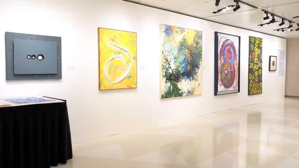 草間彌生暨當代藝術典藏展2018 今次展覽共展出逾 230 件藝術品。