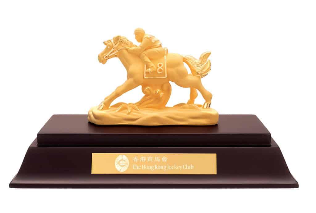農曆新年賽馬日2019:沙田馬場•跑馬地馬場上演 入場有機會贏取 24K 包金擺件一份。