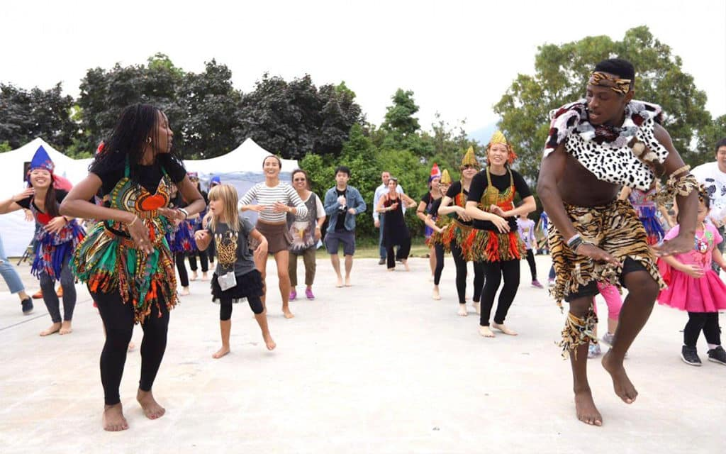 西九文化區:自由約2019年3月 WE Dance邀來印度舞蹈藝術家Shilpika Bordoloi帶大家跳傳統印度舞。
