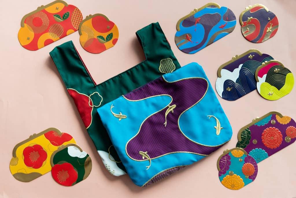 海港城:喜豬拱門HAPPIG New Year 利是袋採用手挽結袋設計。