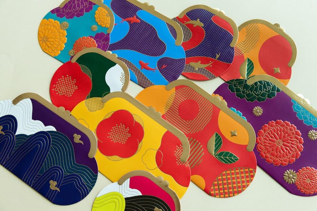 海港城:喜豬拱門HAPPIG New Year 利是封以燙金和壓花做出「刺繡」的感覺。