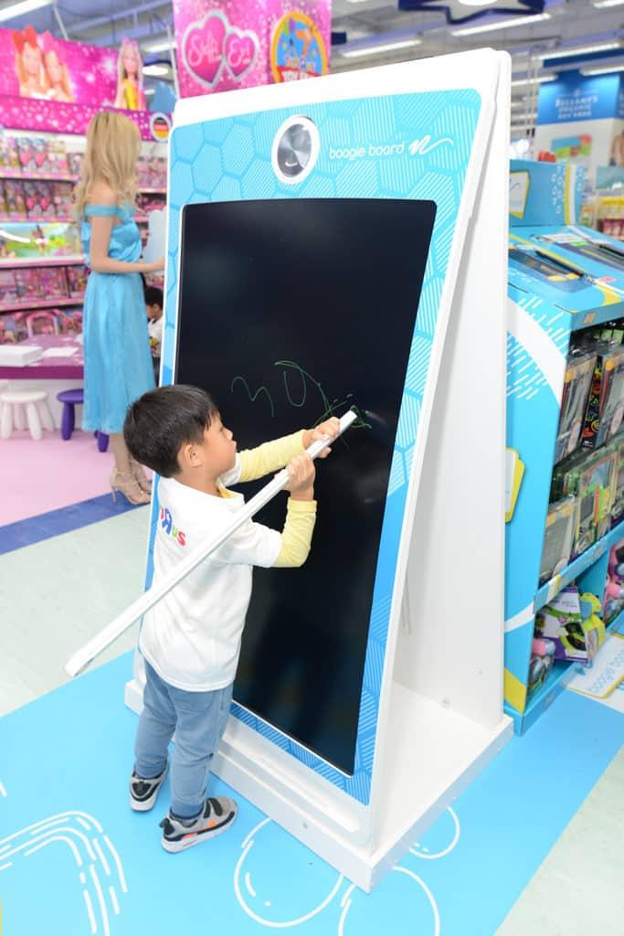 """海港城:玩具""""反""""斗城Toy Fair 2019 超級放大 Boogie Board 電子手寫板"""