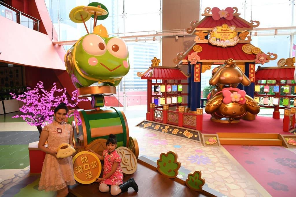 MegaBox:Sanrio characters 六星金豬齊報喜 Kerokerokeroppi 表演花式單輪單車及轉碟