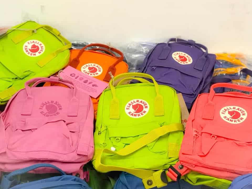 「戶外及運動名牌特賣」開倉活動上有 Fjallraven 背包發售。