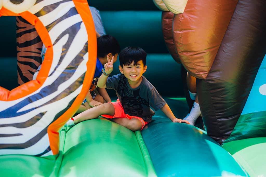 愉景灣沙灘獵蛋奇兵2019 繽紛天地提供嘉年華般的遊戲。