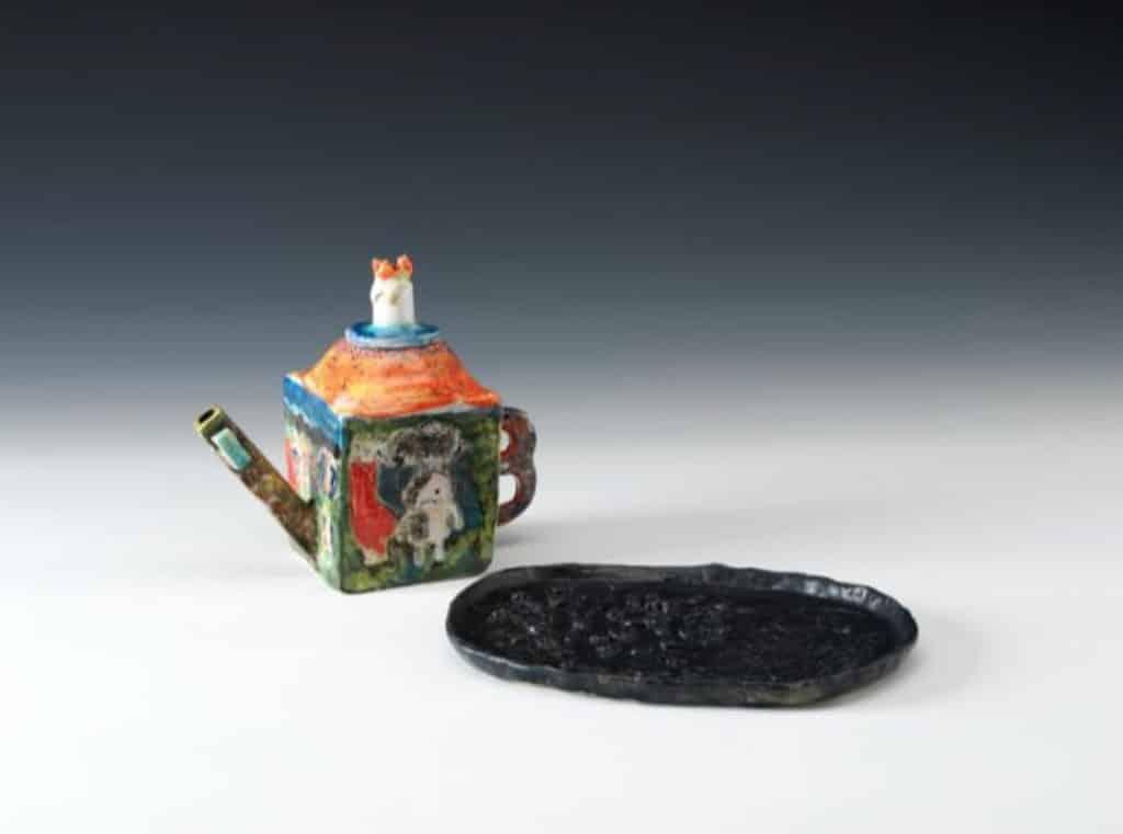 茶具文物館:陶瓷茶具創作展覽2018 亞軍 梁承臻 新會商會港青基信學校 和平的代價 手揑陶器